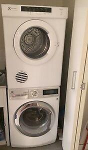 Electrolux 9kg front load washing machine and 6kg sensor dryer Melbourne CBD Melbourne City Preview