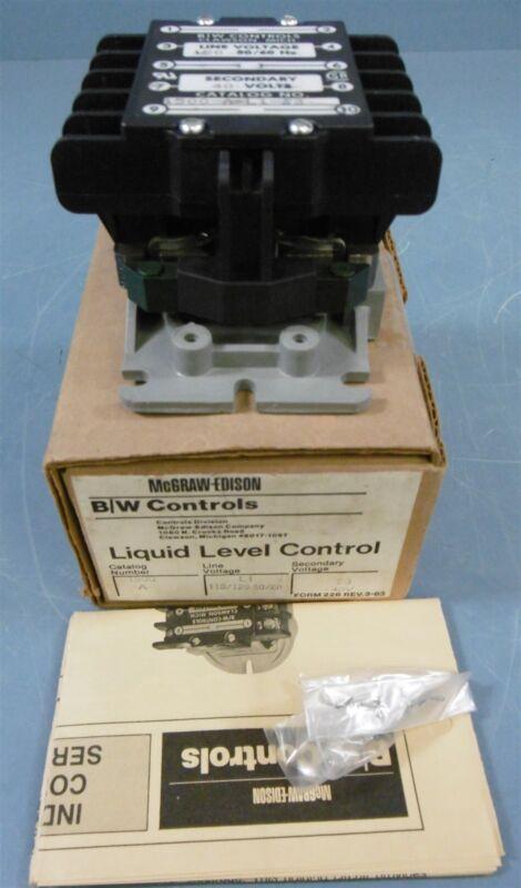 McGraw-Edison B/W Controls Liquid Level Control 120 V 50/60 Hz 40 V 1500-A-L1-S3