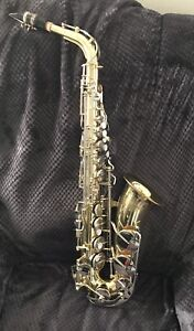 Yamaha YAS 23 Alto Saxophone (made in japan)