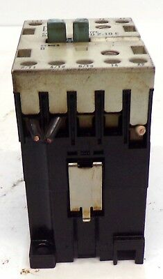 USED TYPE PH40E 240V 20A SQUARE D CONTACTOR CLASS 8501