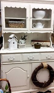 Farmhouse style hutch/ huche