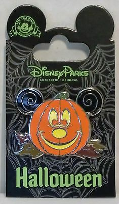 Disney Happy Halloween Trick or Treat Jack o Lantern Pumpkin Mickey Pin CUTE