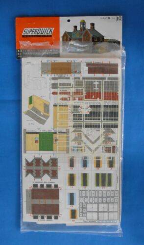 Superquick OO/HO Gauge Railway Terminus, Station Series A No.10. Kit Vintage