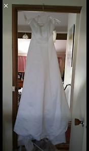 Gorgeous Wedding Deb Dress Size 8 Cranbourne Casey Area Preview