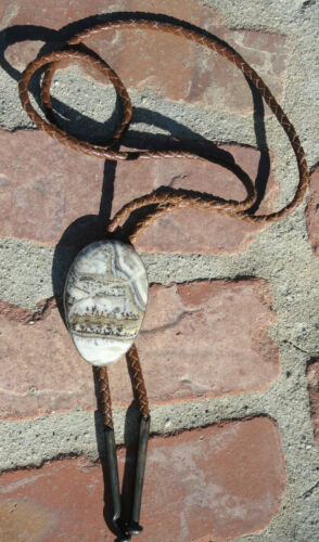 Vintage Western Sterling Silver Agate Bolo Tie