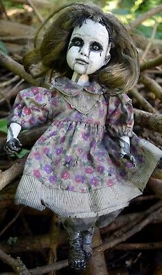 Creepy, ooak horror doll Prudence~Handpainted scary, zombie, halloween, ghostly.