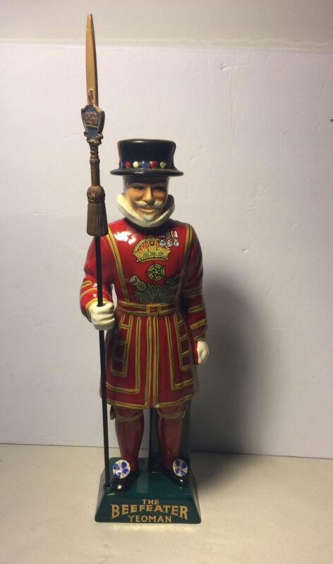 **NICE** Beefeater Yeoman Staffordshire Hand Painted Gin DecanterBottle Stamp