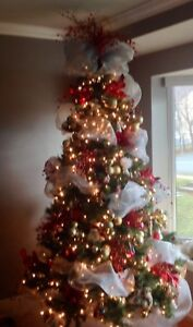 7 ft pre lit Christmas tree(Sold PPU)