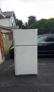 21 cu.ft. Refrigerator (can deliver)