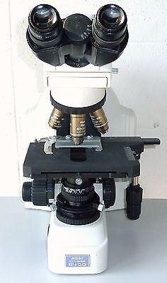 Nikon Eclipse E400 Binocular Microscope With 3 Objectives