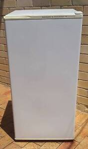 Kelvinator 170Lt Fridge / Freezer Terrigal Gosford Area Preview