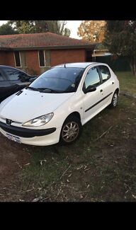 2001 Peugeot 206  wrecking for parts