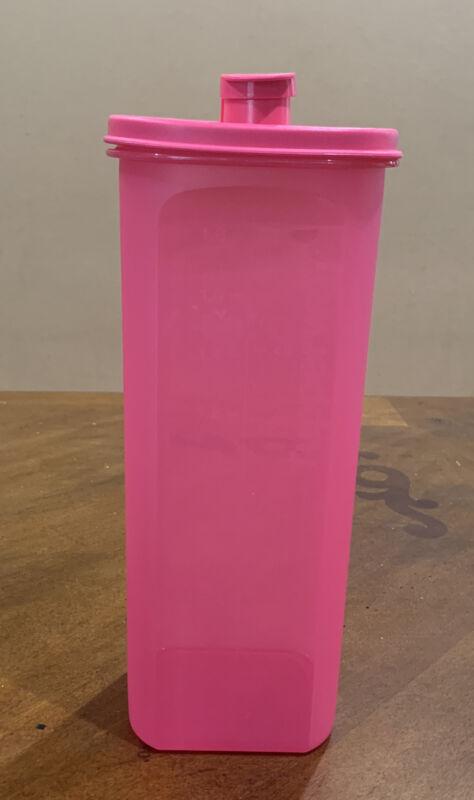 TUPPERWARE BEVERAGE SLIM-LINE FRIDGE WATER DRINK PITCHER TUMBLER 2 L NEW-PINK