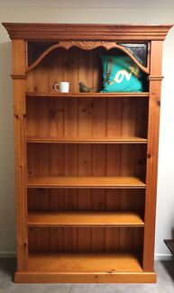 Absolutely beautiful solid timber bookshelf