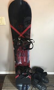 Snowboard 165cm and Boots (Men's size 12)