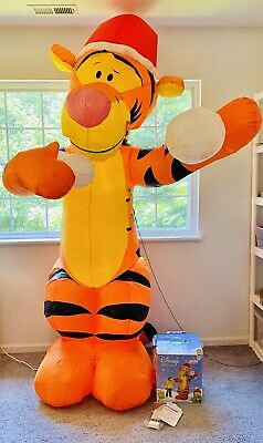 Disney Gemmy Airblown Inflatable Tigger Christmas Snowball Throwing 8' Tall Sant
