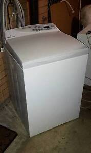 7.5kg Fisher & Paykel Intuitive eco top load washing machine Ferny Hills Brisbane North West Preview