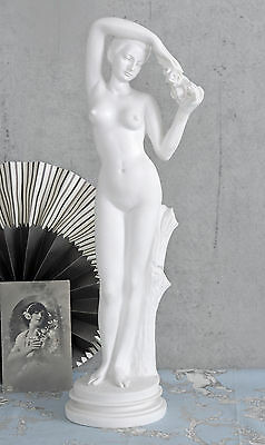 Venus Statue Frauenskulptur Jugendstil Figur Frauenakt Weiss Antike Skulptur