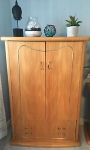 Authentic wood bedroom set made in Canada