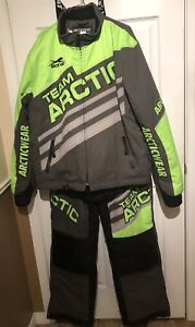 Ensemble motoneige  -VTT Arctic Cat  grandeur large