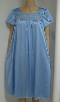 Vintage Vanity Fair Sheer Blue Nylon Embroidered Lace Trimmed Nightgown  M