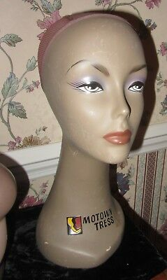 Mannequin Head Female African American Motown Tress 16