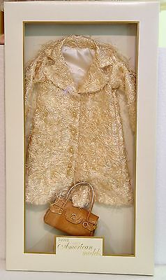 Tonner American Models - American Style Coat And Handbag 21 Doll Outfit -