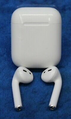 Apple AirPods White In-Ear Wireless Bluetooth Headsets 1st Gen MMEF2AM/A