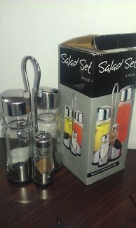 Glass salad dressing bottle set of 4 (New in box)