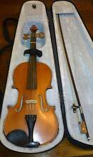 VIOLIN with Hard Case & Bow (body length 23 in x width 8 in) Blacktown Blacktown Area Preview
