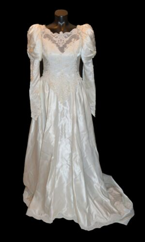 Unbranded Vintage 80s White Satin & Lace Long Sleeve Wedding Dress with Train 10