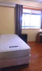Big room for rent available from 6/7/2017 Everton Hills Brisbane North West Preview