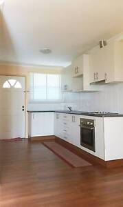 One bedroom Grannyflat electricity & water included Oakville Hawkesbury Area Preview