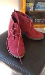 Burgundy lace up Boots Sorell Sorell Area Preview