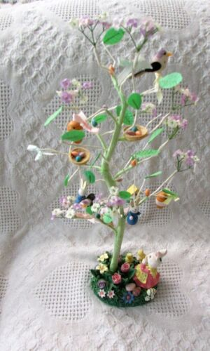 """VTG Easter Tree Wire Wood Ornaments Easter Eggs, Rabbits NOS 18"""" TALL"""