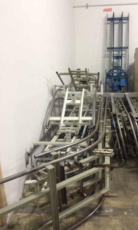Saratoga 800 Slots Up & Down Conveyor.