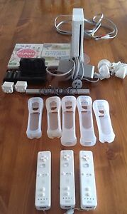 Wii Console, Games and Remotes Pack Greenwith Tea Tree Gully Area Preview