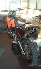 2000 ktm exc new tyres new chain and sprockets new fmf exhaust Redland Bay Redland Area Preview