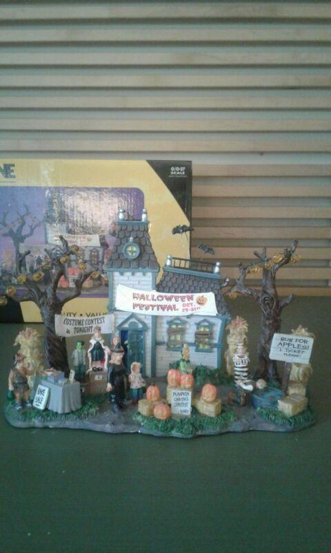 Lemax Spooky Town Halloween Festival #43422 ~ Rare / Retired Halloween Village
