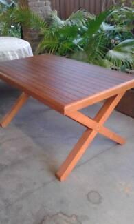 SOLID TIMBER TABLE - TASMANIAN OAK TOP - HANDMADE