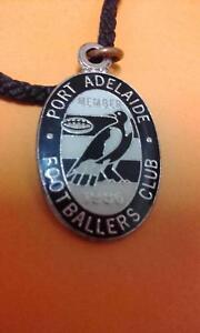PORT ADELAIDE FOOTBALLS CLUB MEMBERS BADGE 1986