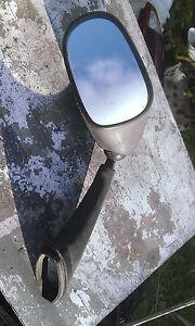 retroviseur gauche 500 tmax 2007 mirror - France - État : Occasion: Objet ayant été utilisé. objet présentant quelques marques d'usure superficielle, entirement opérationnel et fonctionnant correctement. Il peut s'agir d'un modle de démonstration ou d'un objet utilisé ayant été retourn
