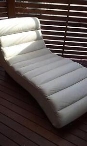 Leather Chaise Lounge Banora Point Tweed Heads Area Preview
