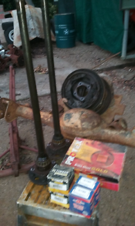 Holden torana lx lh diff housing new axle bearings and brakes
