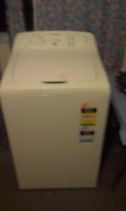 Washing machine 5kgsimpson Kingswood Penrith Area Preview
