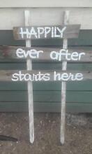 Wedding: Beautiful Weathered Wedding Signs! Bacchus Marsh Moorabool Area Preview