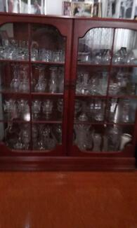SOLID TIMBER/GLASS DISPLAY CABINET Slacks Creek Logan Area Preview