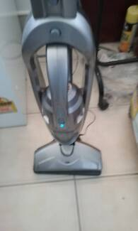 RUSSELL HOBBS VACUUM CLEANER & CHARGER, DUST BUSTER. EX,COND..