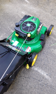 Self propelled john deere mower