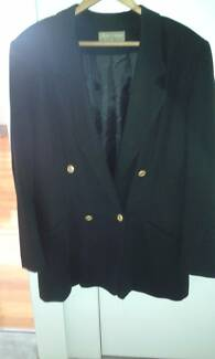 LADIES BLAZER - PERRI CUTTEN